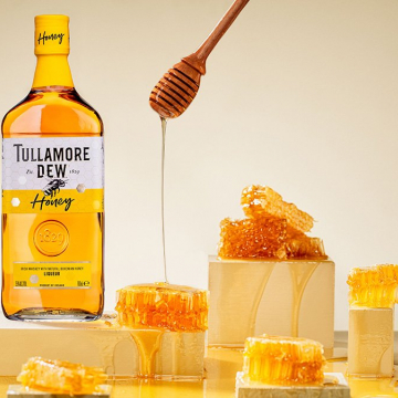 Label illustrations for Tullamore D.E.W Honey whiskey